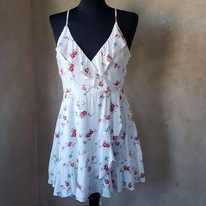 Forever 21 Flower Ruffle Sleeveless Dress Roses